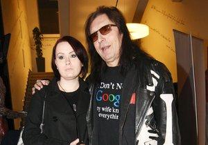 Aleš Brichta s manželkou Joannou na křtu CD Petra Pečeného
