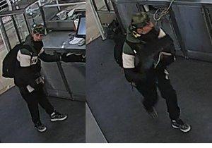 Policisté pátrají po muži, který z obchodního centra odcizil pokladnu.