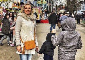 Borhyová byla na matějské se svými dětmi.