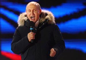 Putin ve volbách drtivě zvítězil, prý naposledy. A promluvil o Skripalovi