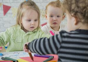 Dvouleté děti ve školce. Je to dobře, nebo špatně? (ilustrační foto)