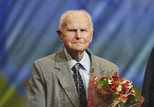 Ve věku 99 let zemřel válečný hrdina Josef Holec.