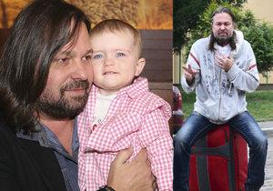 Jiří Pomeje se domnívá, že se za něj jeho dcera stydí. Andrea Pomeje to odmítá.