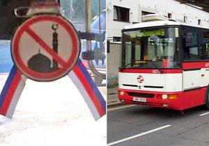 Řidič autobusu DPP si na okno vylepil protiislámský symbol.