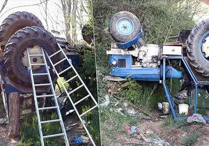 Vážná nehoda traktoru na Brněnsku: Řidič zůstal viset za nohu