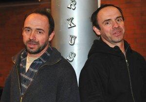 Dvojčata zesnulého režiséra Formana
