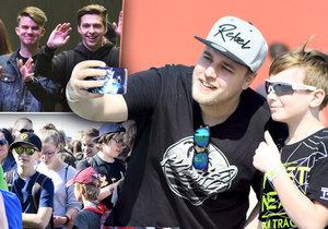 Tisíce dětí zaplnily Expo Letňany. Chtěly se setkat se slavnými českými youtubery.