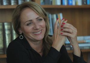 Primátorka Adriana Krnáčová pro Blesk promluvila o problémech, které Pražany v současnosti trápí.