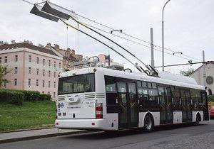 Elektrobus, který testuje Dopravní podnik.