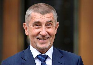 Hnutí ANO Andreje Babiše zůstává favoritem komunálních voleb.
