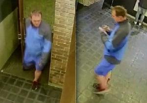 Kriminalisté hledají muže, který na začátku května znásilnil mladou ženu na Vinohradech.