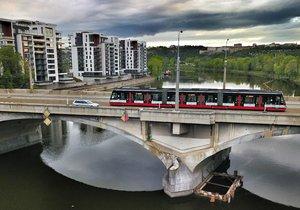 O osudu Libeňského mostu se vedou spory už léta.