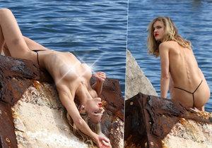 Modelka Ellen von Unwerth fotila krásnou a téměř nahou modelku.