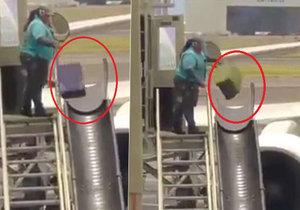 Záhada rozbitých kufrů vyřešena: Kamera zachytila letištní pracovnici, jak bezohledně hází se zavazadly!