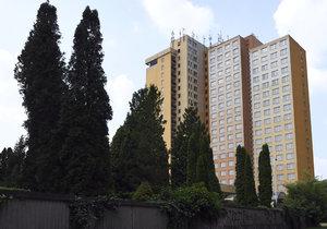 Hotel Opatov projde rozsáhlou rekonstrukcí, vzniknou v něm byty pro sociálně slabé.
