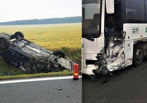 Řidič osobáku skončil po srážce v nemocnici.