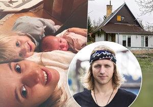 Tomáš Klus žije s rodinou v jedné místnosti
