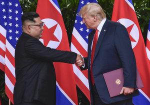 """Trump a Kim chtějí mít v únoru druhé """"rande"""". Místo si ještě hledají"""