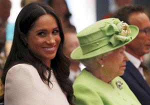 Královna Alžběta a vévodkyně Meghan ze Sussexu