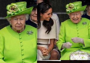 Nejlepší kámošky? Vévodkyni Meghan se povedlo roztát ledovou královnu! Bojovala s vlasy a pravidly