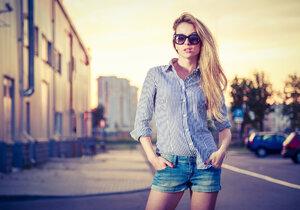 Dress code: V tomhle prostě ani v létě do práce nesmíte!