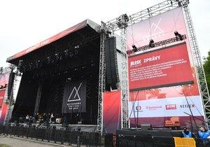 Na festivalu Metronome rozdávali tištěné vydání Blesku.