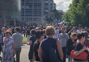 V budovách ČVUT někdo nahlásil bombu, lidé museli být evakuováni.