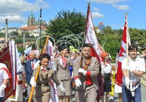 16. všesokolský slet v Praze odstartoval obřím průvodem v jejím centru.
