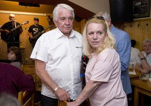 Jiří Krampol s manželkou Hankou