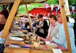 Francouzské trhy na Kampě slaví už desáté výročí