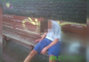 Opilý chlapec ve Velké Chuchli prakticky nevěděl o světě.