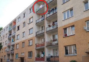 Holčička (4) vypadla v Kadani z balkonu.