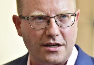 Expremiér Bohuslav Sobotka přišel před sněmovní komisi vysvětlovat privatizaci OKD.