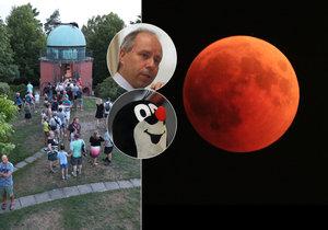 Astronom Suchan spolu s tisícovkou lidí pozoroval na obloze rudý Měsíc z Ondřejova. Spatřili i prolétajícího Krtečka