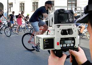 Bude policie v budoucnu měřit v centru Prahy rychlost cyklistům? (ilustrační foto)