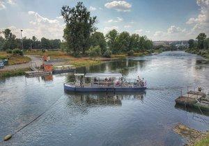 Nový přívoz brázdí od 3. srpna vltavské břehy.