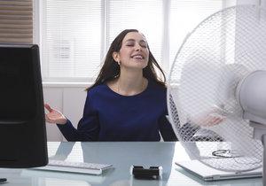 Větrák není na rozdíl od klimatizace drahý, snadno se instaluje, má nenáročný provoz a je šetrnější vůči vašemu zdraví.