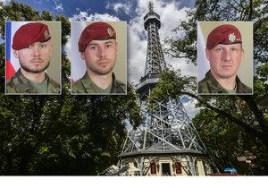 Praha uctí památku padlých vojáků rozsvícením Petřínské rozhledny v barvách trikolory.