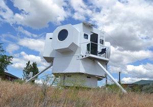 Američan si postavil dům, co vypadá jako vesmírný modul