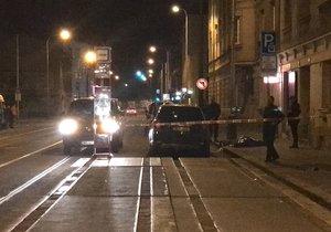 Tragédie v centru Prahy: Muž vyskočil z okna, pád ze třetího patra nepřežil