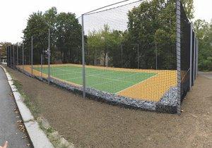 Nové sportovní hřiště U Plátenice
