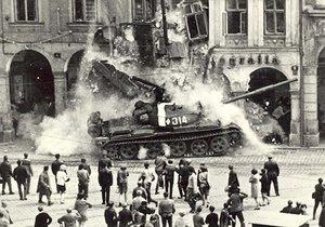 50 let od okupace roku 1968: Vědí Češi, co se tenkrát stalo?