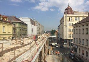 Okolí Negrelliho viaduktu čeká rekonstrukce.