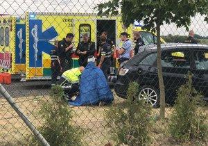 Při havárii na Kunratické spojce se zranili čtyři lidé.