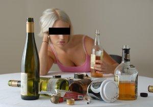 """Opilá žena (29) """"zkameněla"""" v budějovické restauraci: Nadýchala 4 promile!"""