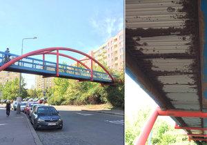 Nebezpečná lávka v Praze 13 se bude opravovat, zatím není jasno kdy.