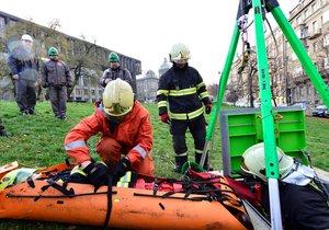 Výstaviště zaplněné jednotkami IZS: Pražské záchranné složky předvedou svůj um a techniku