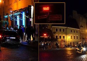 Boj proti hlučným opilcům: Praha 1 chce omezit túry po barech, jedná s nočními podniky