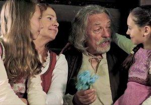 Šok! Karel Gott v nové pohádce mluví slovensky!
