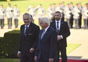 Český prezident Miloš Zeman a jeho německý protějšek Frank-Walter Steinmeier v Berlíně (21. 9. 2018)